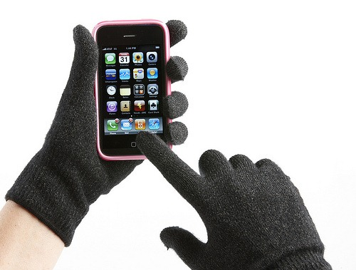 iphone_gloves_thumb.jpg